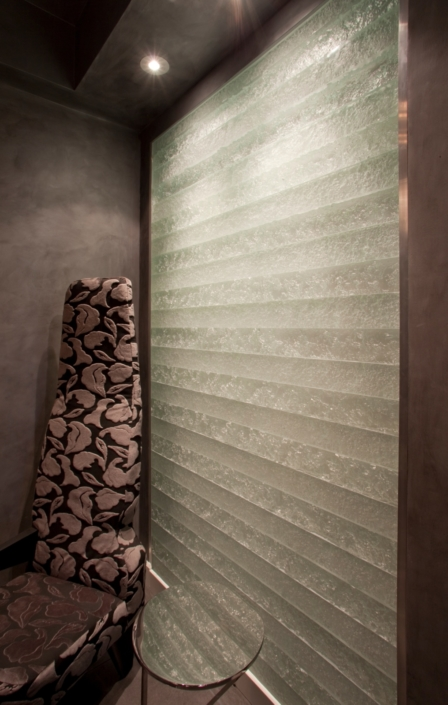 "1"" thick Escala Glass Privacy Wall - WP-024"