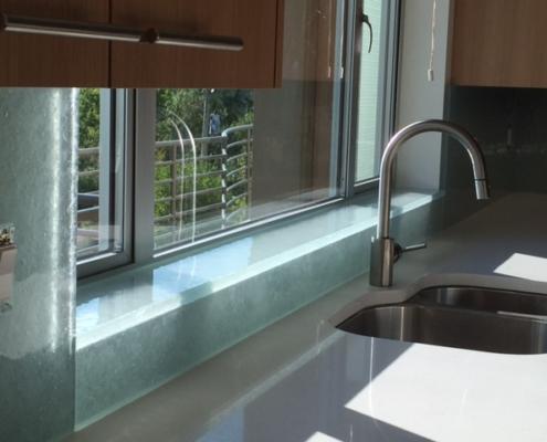 Arctic Wisp Glass Back Splash - WP-048