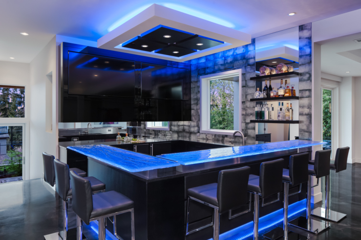 4-Layer Aisu Glass Bar Countertop