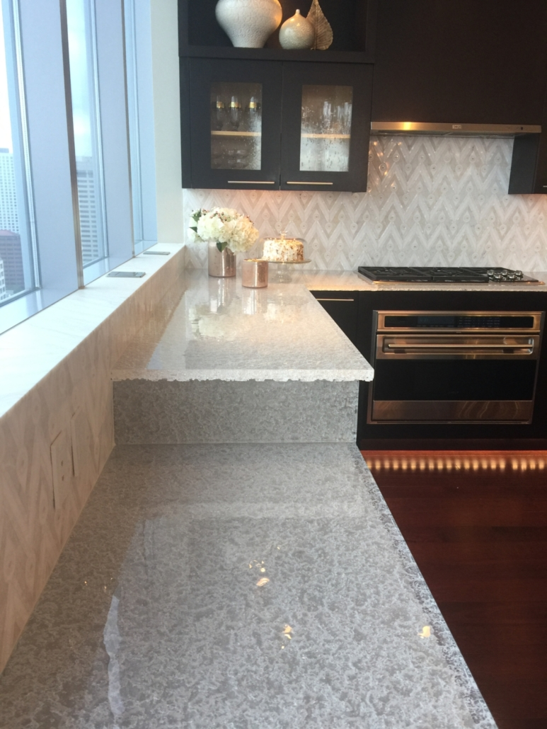 "CT-080 2"" Thick Crystal Clear Escala Countertops"